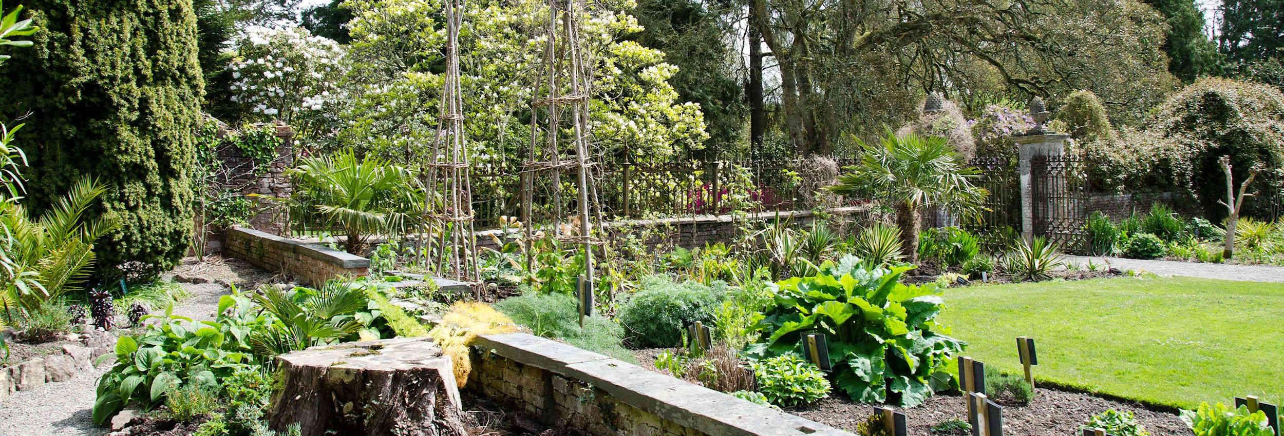 walled-garden-banner-04
